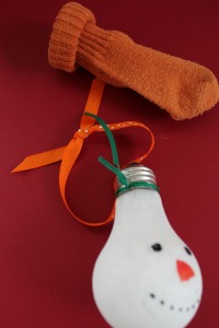 snowman light bulb tie ribbon