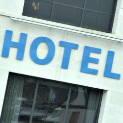 hotel etiquette