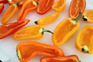 mini peppers halves