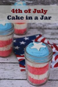 4th of July Cake in a Jar - Easy Dessert Recipe