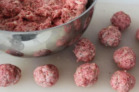 Crockpot Italian Meatballs - forming