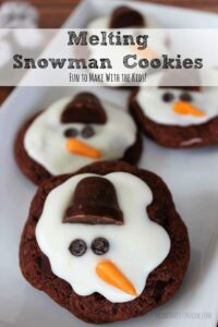 These melting snowman cookies would look adorable on any cookie tray!