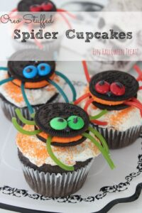 Oreo Stuffed Spider Cupcakes | Fun For Halloween!